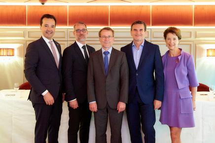 Referenten des 4. Institutionellen Altersvorsroge- und Investorengipfels (Bild: Klimpt)