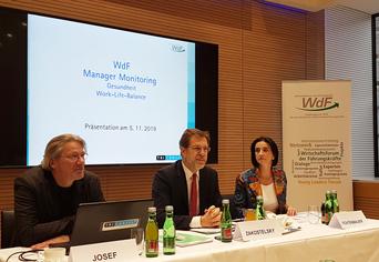 WdF-Studie zur Gesundheit von Managern: Felix Josef, Andreas Zakostelsky und Edeltraud Fichtenbauer (Bild: VersicherungsJournal)