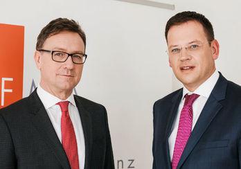 FMA-Vorstand Helmut Ettl (li.), Klaus Kumpfmüller (Bild: FMA)