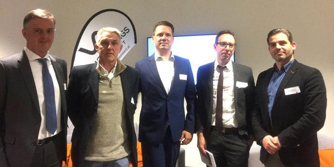 Diskutierten über Regulierung und Innovation: Ludwig Pfleger (FMA), Moderator Christian Rieger, Netinsurer-CEO Thomas Hajek, Roman Kudrna (Ergo) und Versicherungsmakler Christoph Neubauer (v.l.n.r.; Foto: Netinsurer)