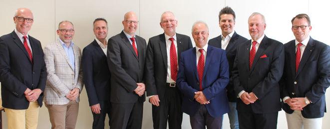 V.l.n.r.: A. Punzl, E. Weintraud, C. Grünsteidl, a. Meixner, G. Veits, M. Ivanic, T. Leitner, A. Binder, A. Gimborn (Bild: ÖVM)