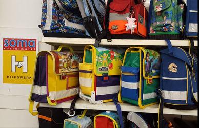 20 Schultaschen für Soma Österreich (Bild: Soma Österreich)