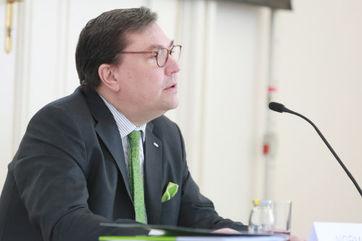VVO-Generalsekretär Louis Norman-Audenhove stellte am Donnerstag die vorläufigen Zahlen für 2018 vor (Bild: VVO/APA-Fotoservice/Hautzinger)